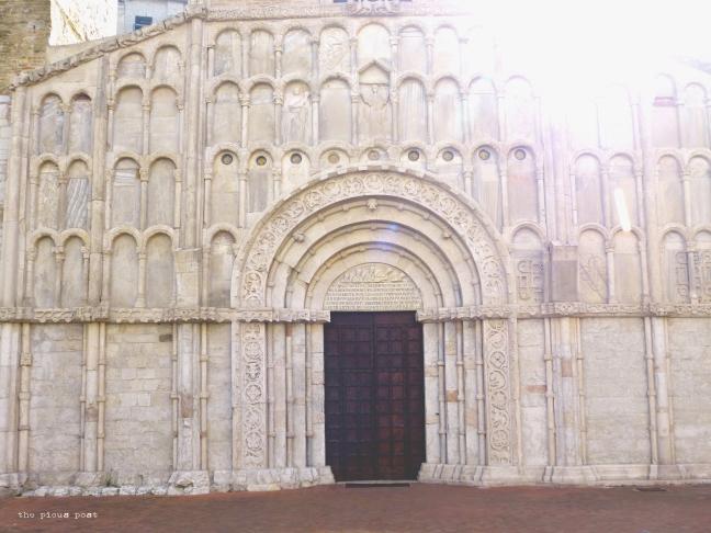 ancona santa maria della piazza facade
